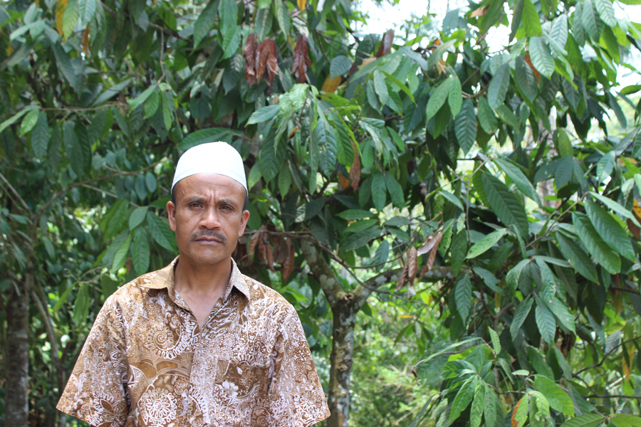 Haji Artim Yahya, head of the Santong village cooperative on Indonesia's Lombok island. Photo by Jay Fajar