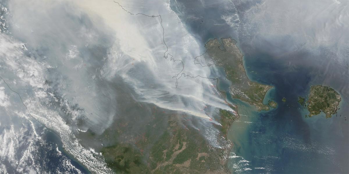 Indonesia's haze is shown via NASA satellite imagery.