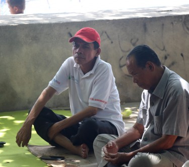"Manan (left), the self-styled ""president of the Bajau."" Photo by Melati Kaye"