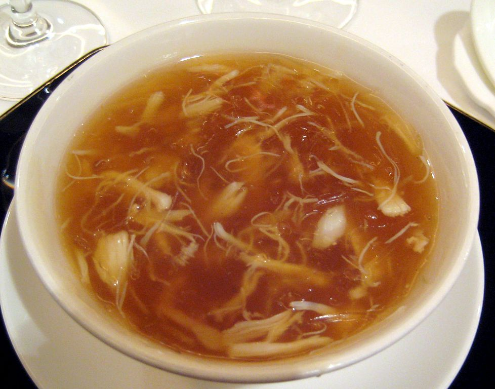 10 978px-Chinese_cuisine-Shark_fin_soup-05