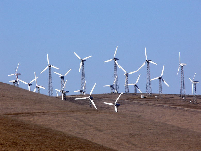 A windfarm at Altamont Pass in Alameda County, California. The second photo: Wind turbine. Photo by Mike Parr.
