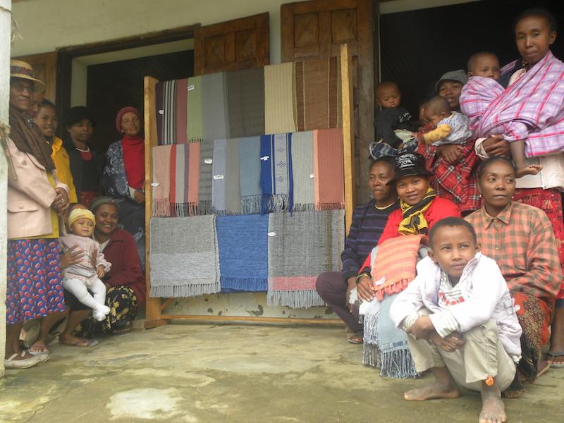 A group of weavers from the Famiova Weaving Cooperative in Ranomafana village. Photo courtesy of Santatra Razanakolona.
