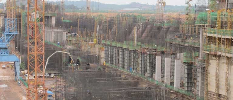 The Jirau dam under construction. Photo courtesy of International Rivers
