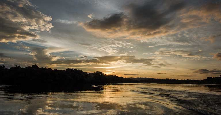 Night falls over the Iriri River. The Arara Indians once occupied this region in large numbers. Photo by Mauricio Torres