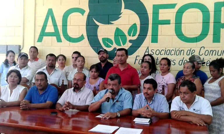 Salvador López, regional director of Guatemala's National Council for Protected Areas, speaks at a March 17 press conference to condemn the murder of Walter Manfredo Méndez Barrios. Photo courtesy of ACOFOP.