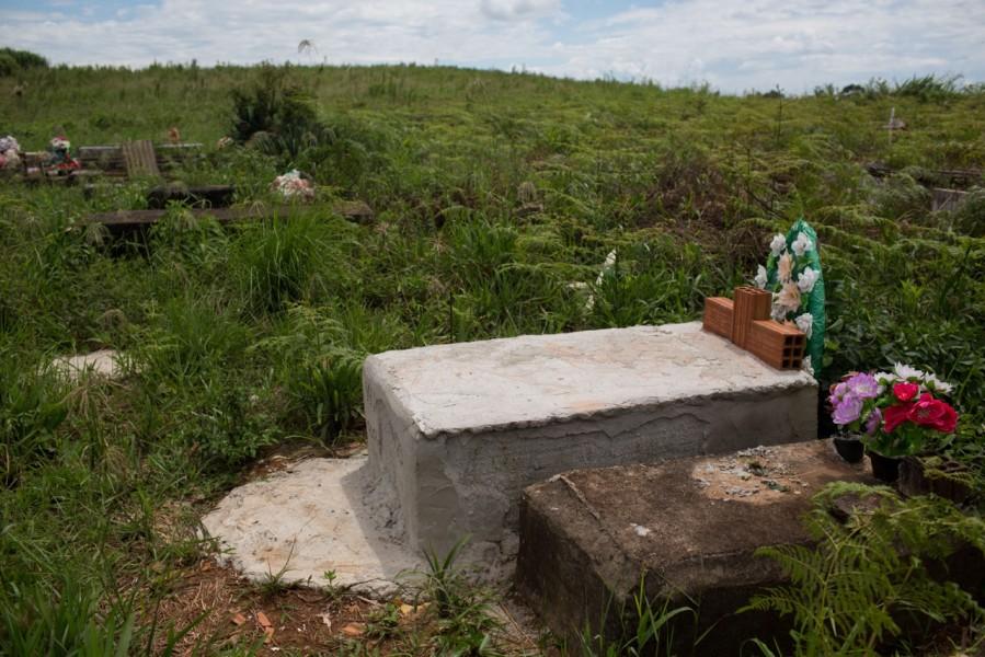 Vitor Pinto's grave. Photo courtesy of Mauro Pimentel.