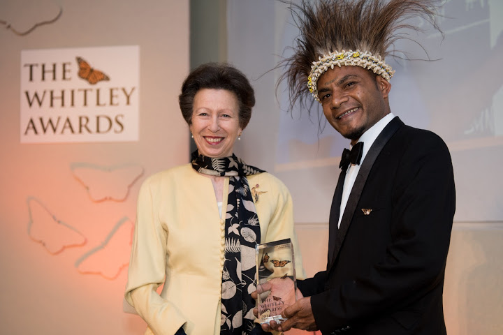 The Princess Royal and 2016 Whitley Awards 2016 recipient Karua Kuna, Papua New Guinea at The Royal Geographical Society, London, 27th April 2016. Photo courtesy of Whitley Fund for Nature.
