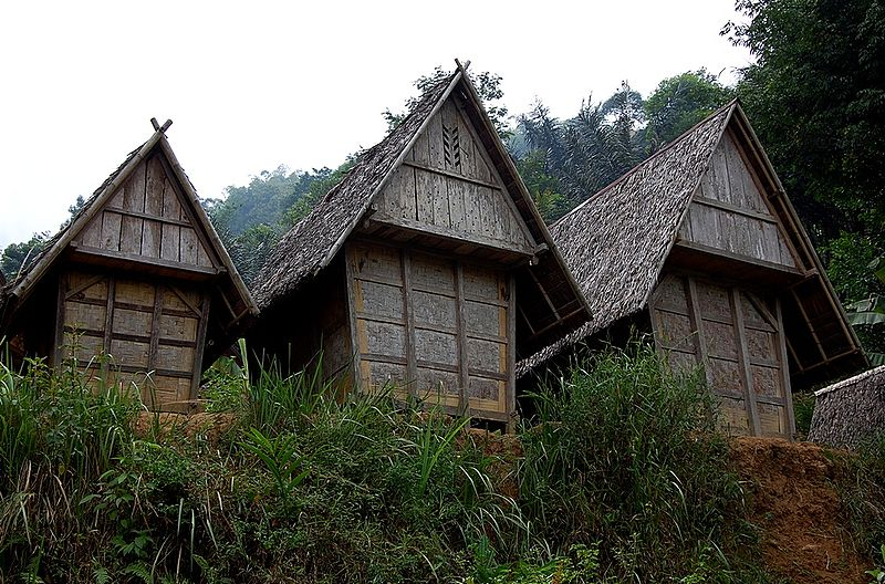 A traditional rice barn in the Kasepuhan village of Sirnarasa in West Java. Photo by Wibowo Jatmiko/Wikimedia Commons