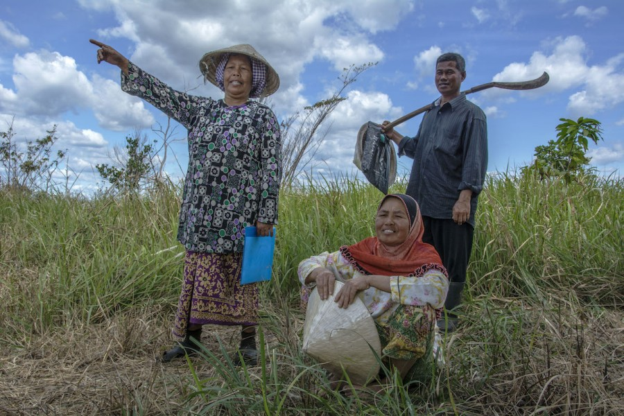 Farmers from the Cham muslim ethnic minority in Phum Thmey commune in Cambodia's Botum Sakor National Park say authorities have burnt their neighbors' houses and intimidated them into leaving. Photo by Rod Harbinson.
