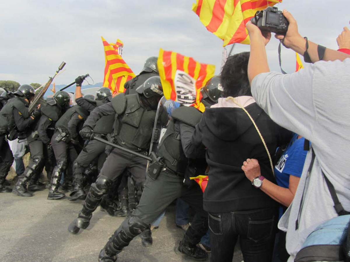 On October 10, 2012, police forces charged peaceful protesters objecting to a project to increase the capacity of the Yesa dam outside Arteida, Spain, in the Pyrenees. Eight protesters known as the Yesa Eight now face possible prison sentences. Photo by Arainfo.