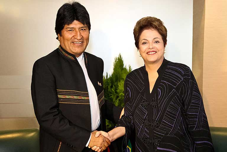 Brazilian President Dilma Rousseff with Bolivian President Evo Morales. A BNDES funded IIRSA highway construction project in the TIPNIS national park and indigenous area has met with a great deal of opposition and canceled as a result. Photo by Dilma Rousseff on flickr