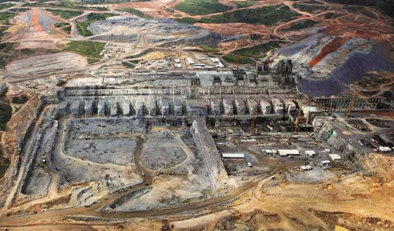 The Belo Monte dam under construction. New evidence has come forward alleging that the consortium selected to build the dam made a large contribution to the ruling Workers' Party in order to win the Belo Monte contract. Photo courtesy of International Rivers
