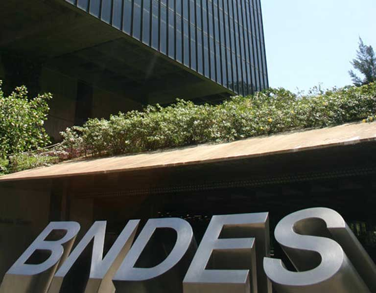 BNDES headquarters in Brasilia. The Banco Nacional de Desenvolvimento Econômico e Social is the largest development bank in the Americas. Photo courtesy of BNDES