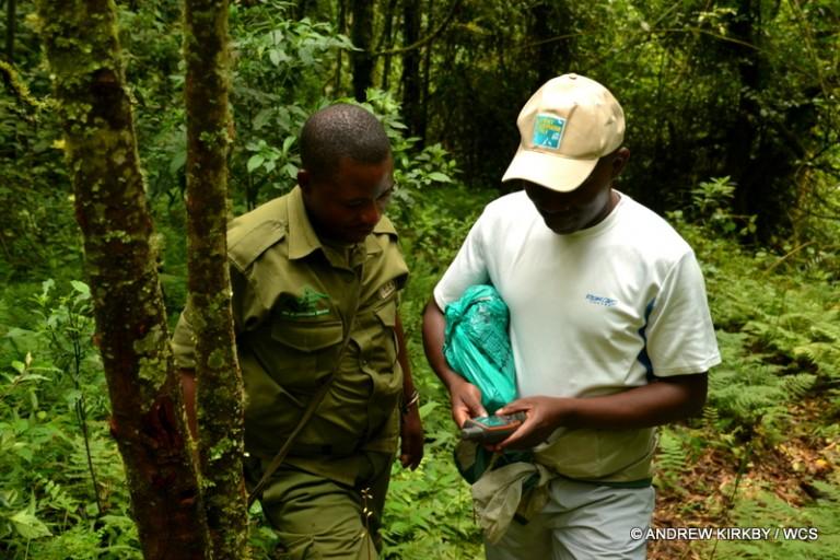 Mitamba training rangers in GPS use. Photo courtesy of Andrew Kirkby / WCS.