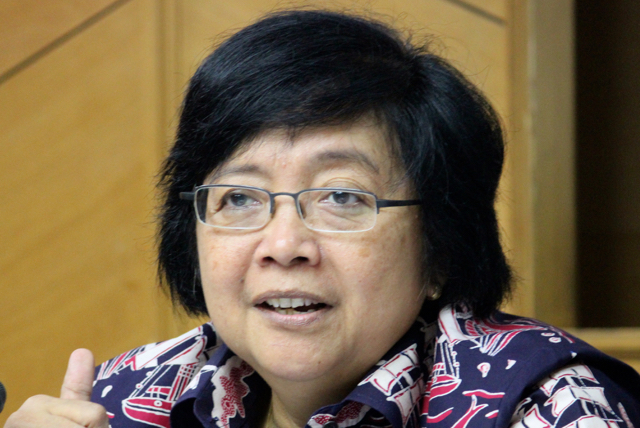 The Indonesian environment and forestry minister, Siti Nurbaya. Photo by Sapariah Saturi/Mongabay