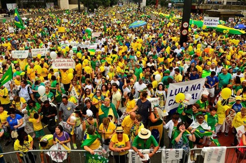Critics contend that massive corruption has been endemic in Brazil since the time of the military dictatorship, and has been systematized as a way of doing business, with large firms receiving inflated government infrastructure construction contracts, and in turn making massive campaign contributions to the ruling political parties that offered them the contracts. Outrage against corruption brought millions of protesters into the streets this Spring. BNDES has been accused of no wrongdoing, but has made major loans to companies that have seen their CEOs and other management officials indicted. Photo courtesy of Agência Brasil