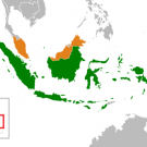 Indonesia (green) and Malaysia (orange). Image by Gunkarta/Wikimedia Commons