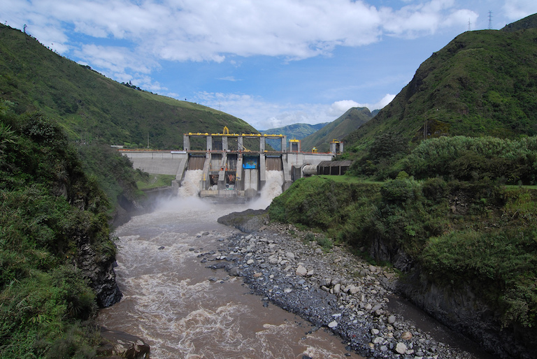 Hydroelectric dam in Baños, Ecuador. Photo by Eric Chan/Flickr.