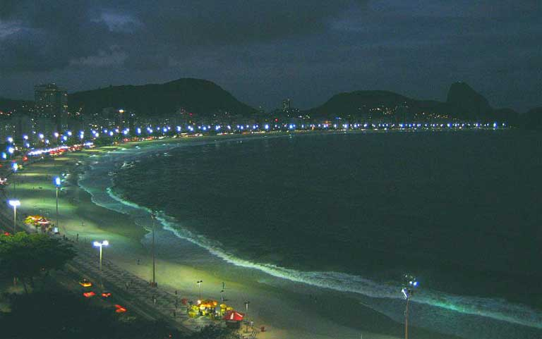 Copacabana Beach at dawn. Photo by Zinneke licensed under the Creative Commons Attribution-Share Alike 3.0 Unported license