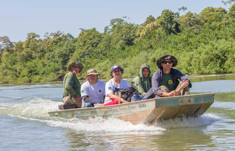 A monitoring team for the Amazon Turtle Program, an initiative of Brazil's environment agency IBAMA that has been running for almost 40 years. Photo courtesy of Roberto Lacava