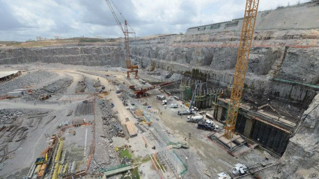 The Belo Monte dam under construction. In a 2011 binding agreement with Brazil, the Norte Energia Consortium agreed to pay US$1 billion to Altamira residents, including 9 indigenous groups, in compensation for one of the world's largest hydroelectric projects. Photo courtesy of Agencia Brasil