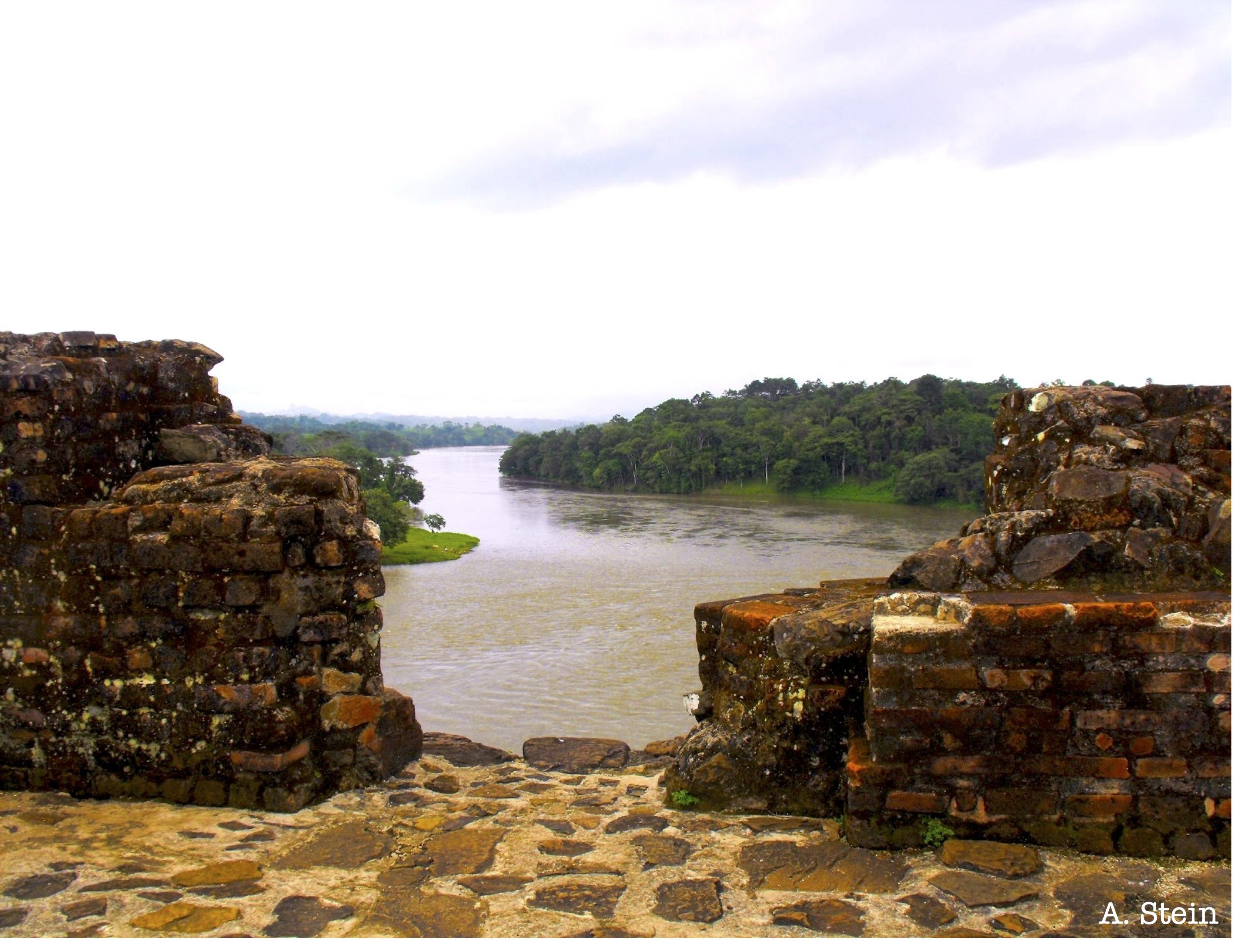 photo-1-a-view-form-el-castillo-along-the-rio-sjden