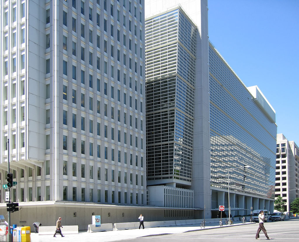 The World Bank Group headquarters building in Washington, D.C., housing ICSID. Photo by Shinny Things licensed under the Creative Commons Attribution-Share Alike 2.0 generic license