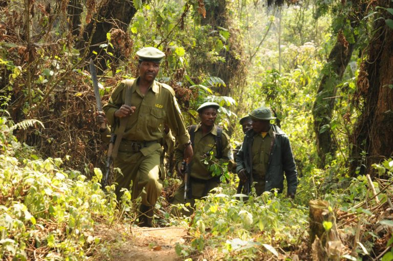 Park rangers carrying out an anti-poaching patrol in Kahuzi-Biega National Park. Photo by A.J.Plumptre/WCS.