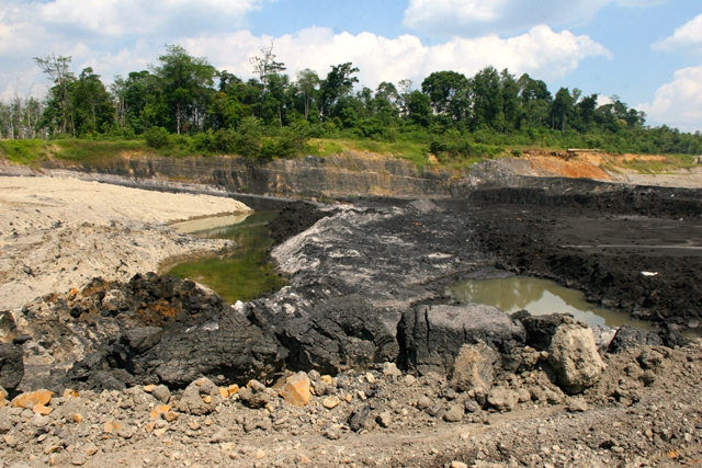 Coal mining area in Sarolangun, Jambi. Photo by Feri Irawan.