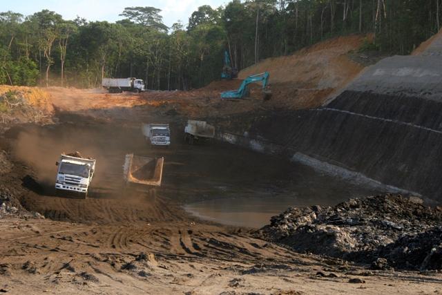 Coal mining operation in Jambi. Photo by Feri Irawan.