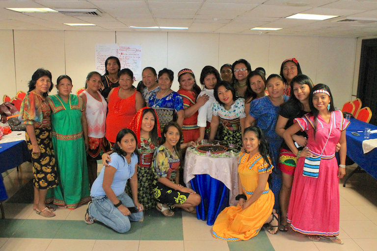 Participants in the first workshop of the UN-backed Human Rights, Food Safety and Nutrition Program for indigenous Panamanian women, which took place in Panama City in August. Photo courtesy of FAO SLM Panamá