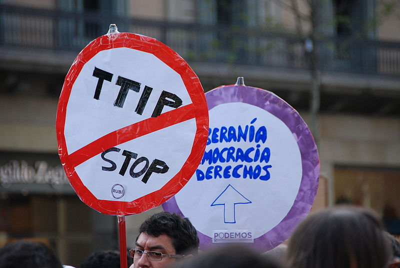 Public opposition to NAFTA and a host of proposed treaties such as the TTP, TTIP, and TISA have continued to intensify. This protest is in Barcelona. Photo by horrapics licensed under the Creative Commons Attribution 2.0 Generic license
