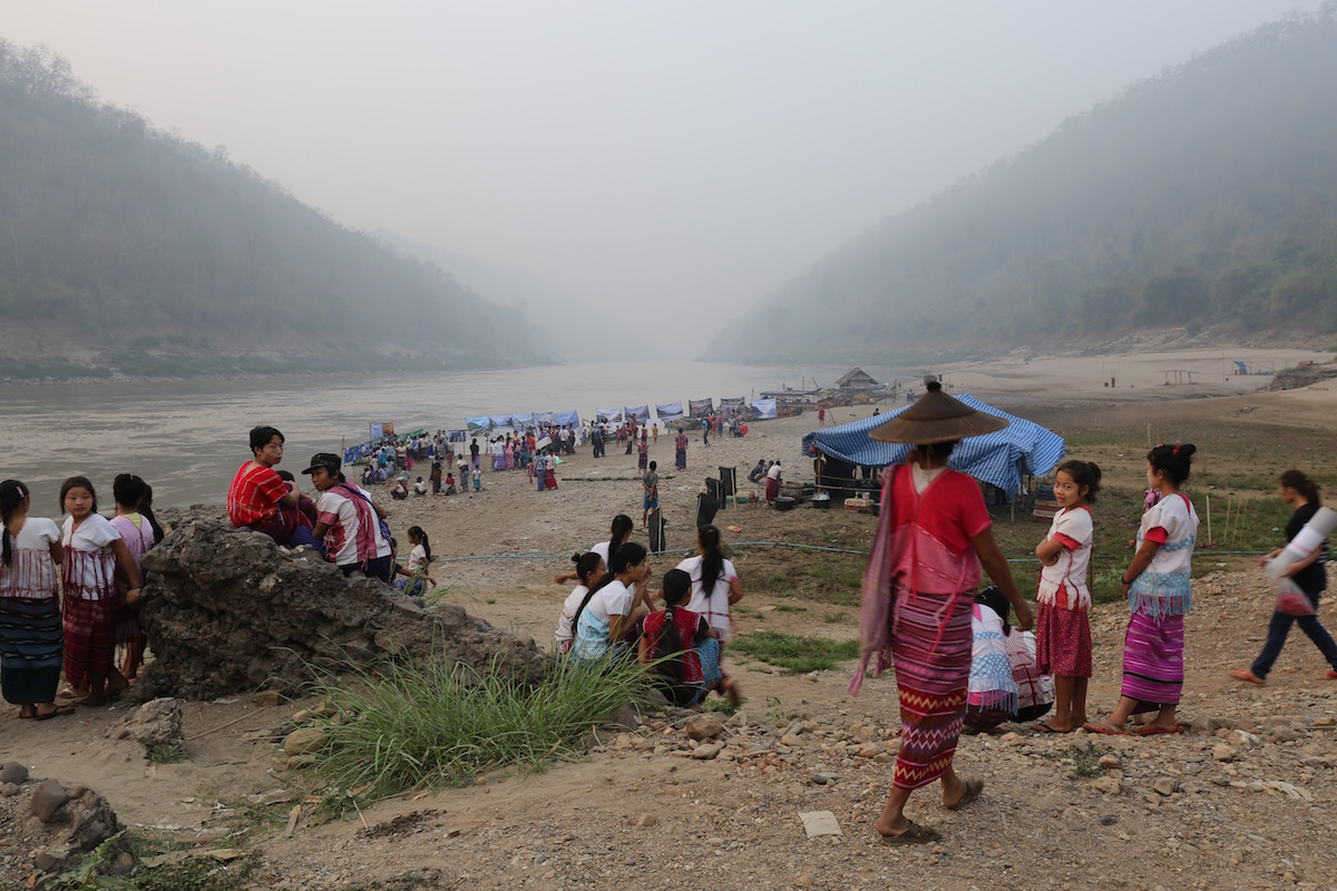 Karen communities and civil society groups gathered at Ei Thu Hta idp camp on the Salween river on International Rivers day 2016 to demonstrate against the cascade of large hydropower projects planned for the river. Photo by Demelza Stokes.