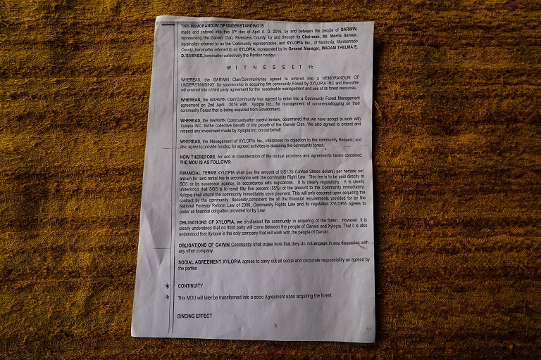 A photo of the MOU obtained by Mongabay with details of the agreement. Photo by Ashoka Mukpo