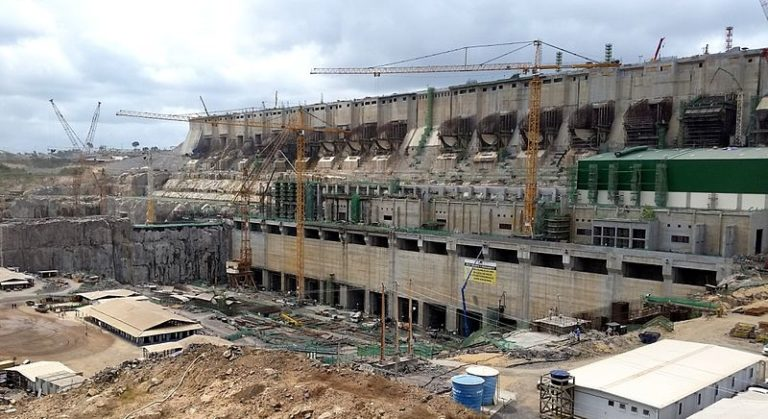 The Belo Monte mega-dam under construction. It is one of the most controversial infrastructure projects in Brazilian history, and that controversy seems unlikely to abate soon. Photo by Pascalg622 licensed under the terms of the GNU Free Documentation License, Version 1.2