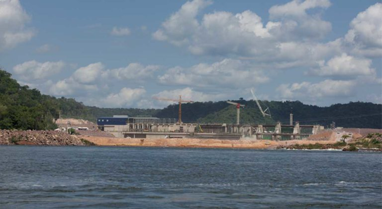 The Sao Manoel dam, currently under construction on the Teles Pires River. The Kayabi, Munduruku and Apiaká Indians, have repeatedly filed lawsuits against the four dams being built on the river, arguing that Brazil failed to consult impacted indigenous peoples regarding the projects, as required by the International Labour Organization's Convention 169, to which Brazil is a signatory. Photo by Mauricio Torres
