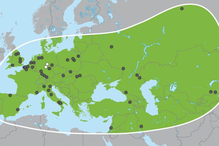 The broad geographic range of the straight-tusked elephant (Palaeoloxodon antiquus), based on fossil discoveries (after Pushkina, 2007).