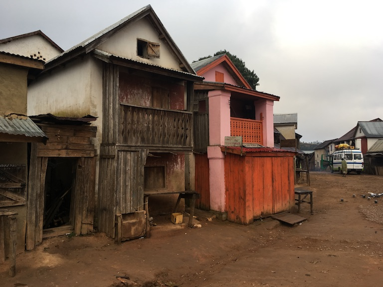 mbalakindresy, a small town on the western flank of Ranomafana National Park whose mayor was murdered in June. Photo by Rowan Moore Gerety for Mongabay.
