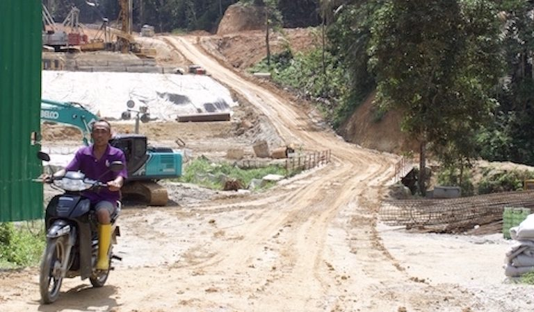 Road building threatens forests, water supplies in Kuala Lumpur area