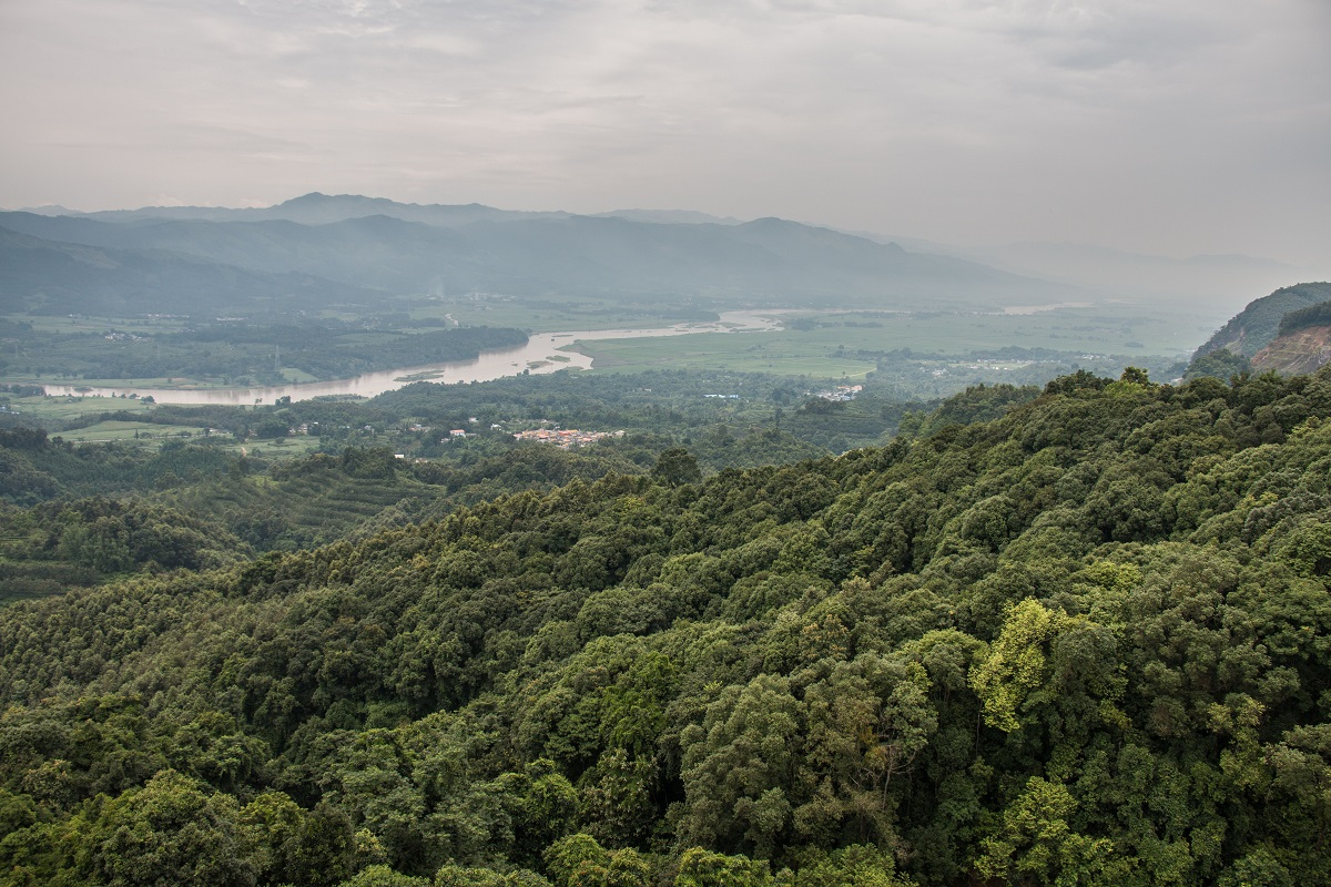 A valley in Yunnan province, China, near the border with Myanmar. Photo by Nathan Siegel for Mongabay.