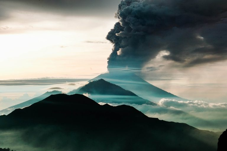 Climate scientists see silver lining in Bali volcano's ash cloud