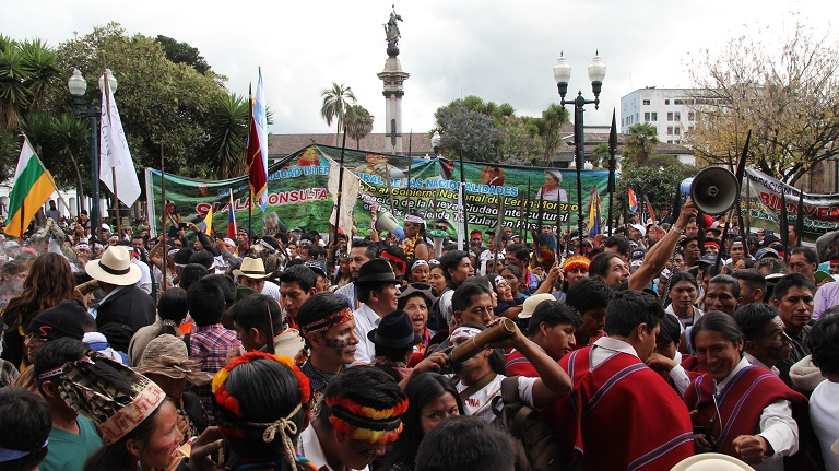 Protesters in Ecuador. Photo by Kimberley Brown/Mongabay.