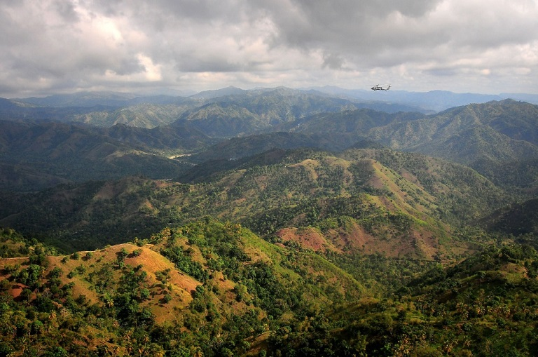 The mountains of Haiti. Photo by PO2 Daniel Barker/DVIDS.