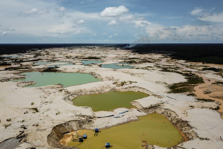 Illegal and unregulated gold mining in the La Pampa area near Puerto Maldonado, Peru. Photo courtesy Jason Houston/Upper Amazon Conservancy.