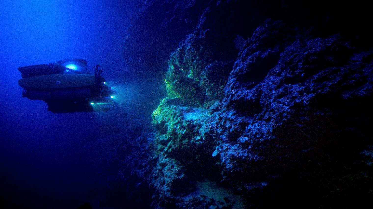 The Nadir sub surveys the underwater terrain of Exuma Sound, Bahamas.