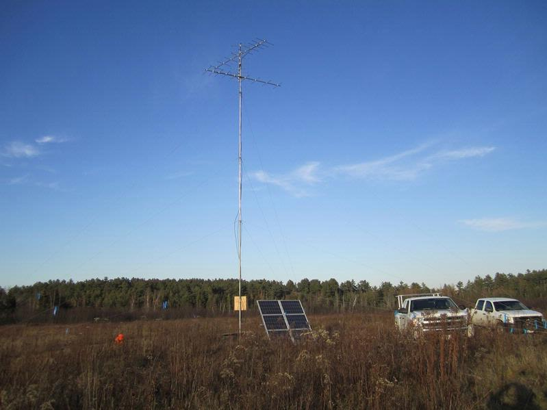 A Motus receiving station tower to monitor movements of American woodcock at the Moosehorn National Wildlife Refuge in Maine. Receivers can also be attached to an existing structure, though they have better range in open areas with clear line-of-sight.