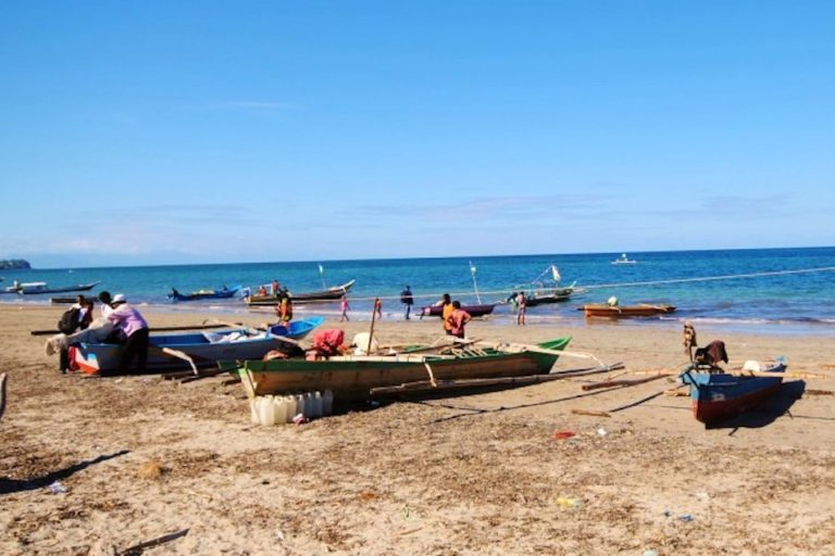 Fishing boats in Timor-Leste. Image by Jennifer King/WorldFish.