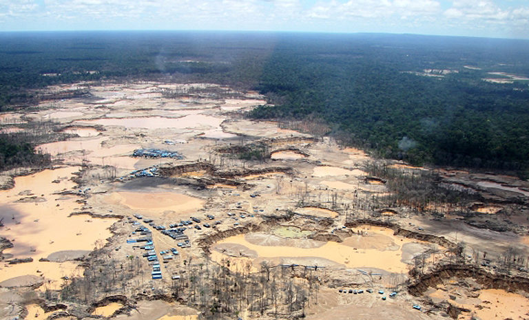 Novel research method reveals small-scale gold mining's impact on Peruvian Amazon