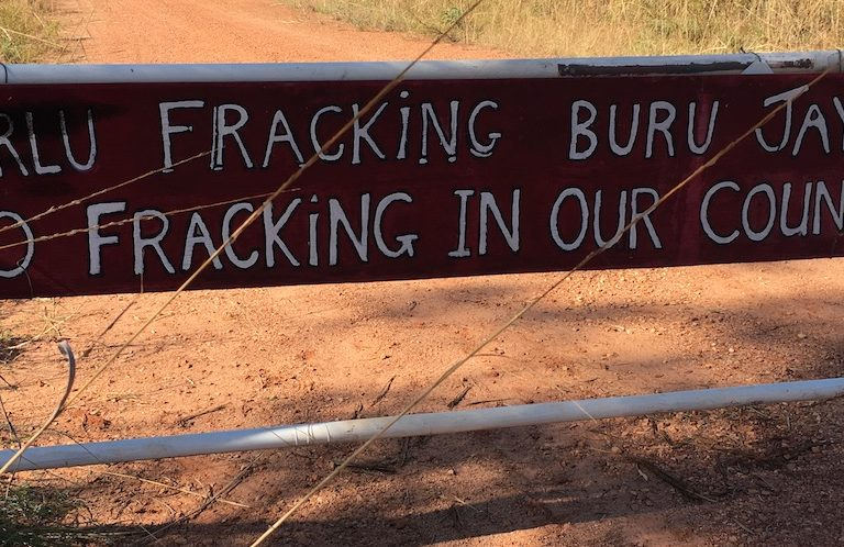 A sign near Buru Energy's Yulleroo fracking site. Image by Alexander Hayes via Flickr (CC BY 4.0).