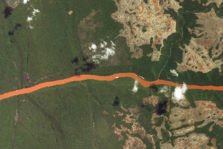 Google Earth image of the Manambolo River Canyon.